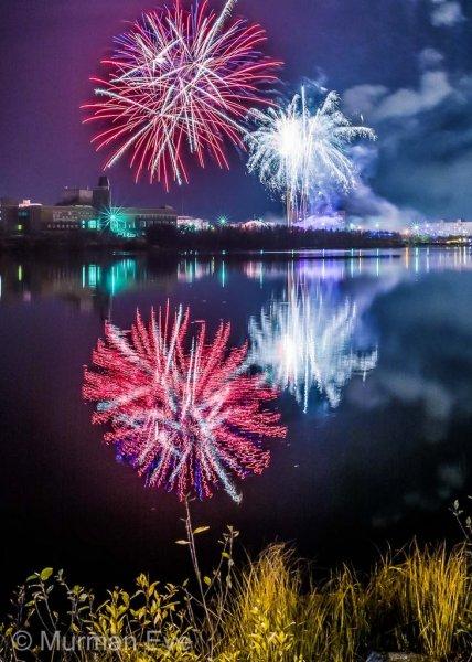 Салют на Семеновском озере